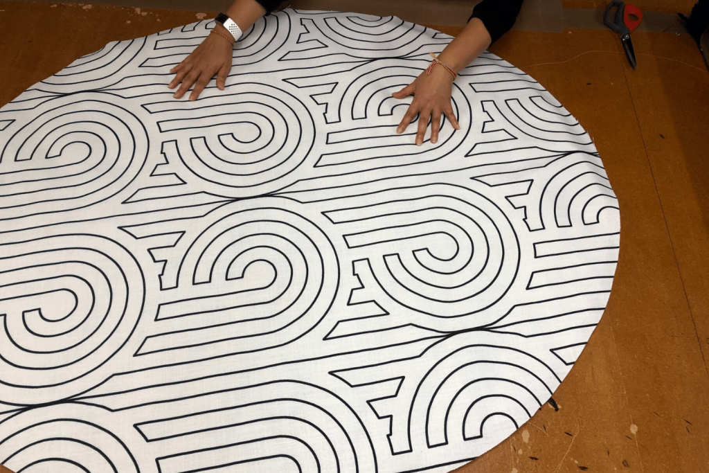 Re-cover floor cushion Step 2